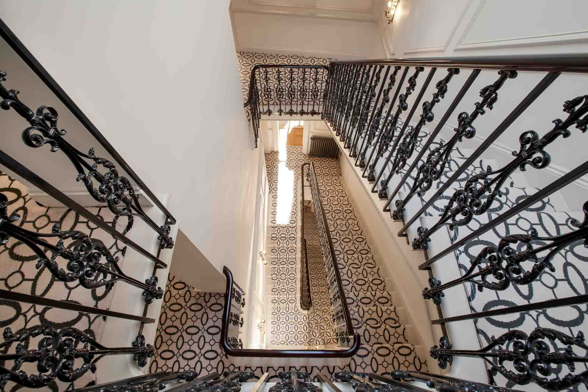 jonathan bond photography, stairwell designed by tessuto interiors, hyde park, london