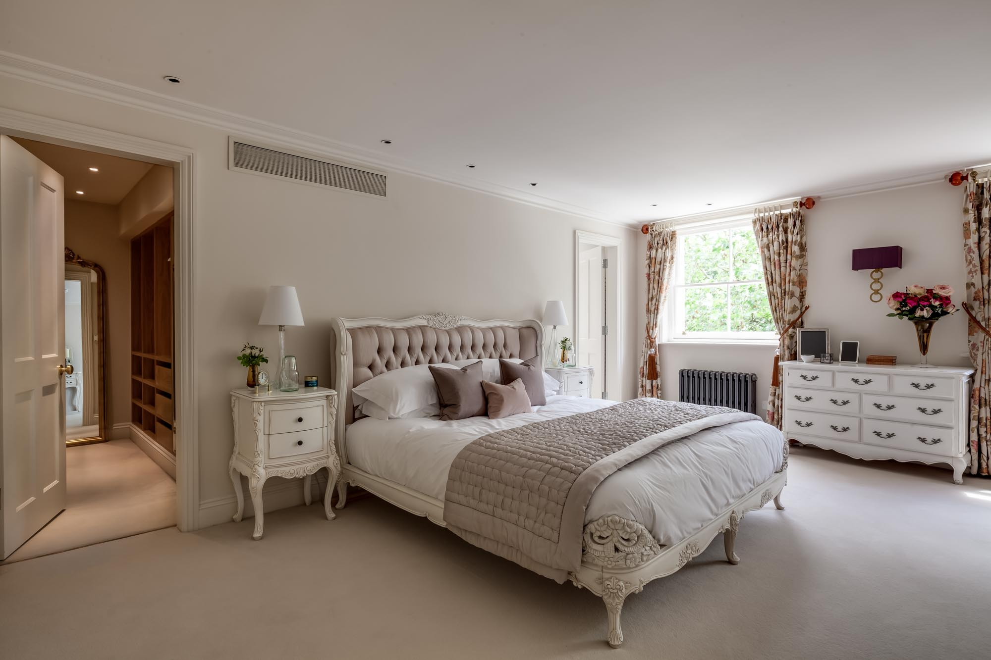 jonathan bond photography, luxury bedroom with ensuite, hyde park, london