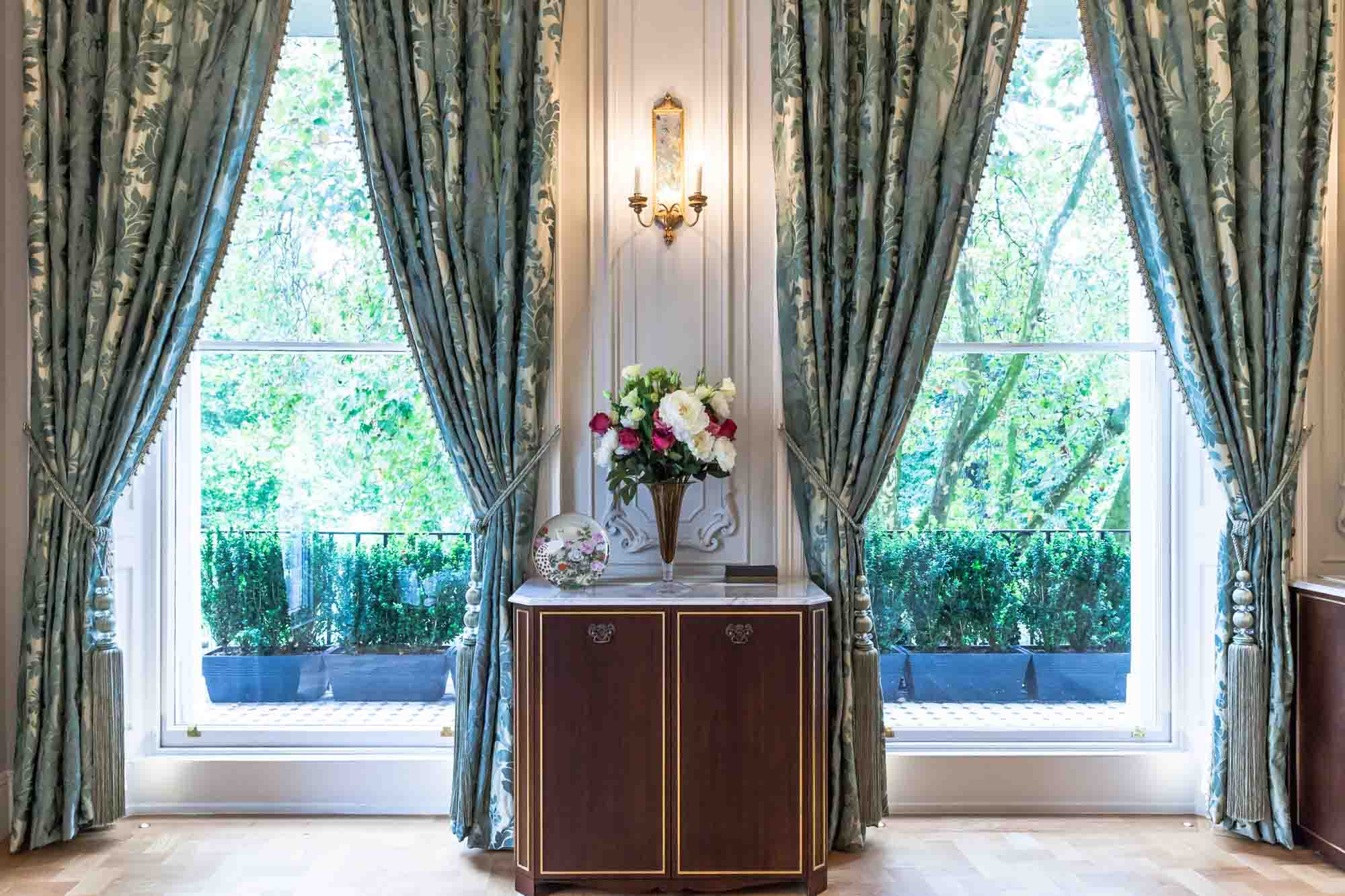 jonathan bond interior photographer, luxury cabinet by window, hyde park, london