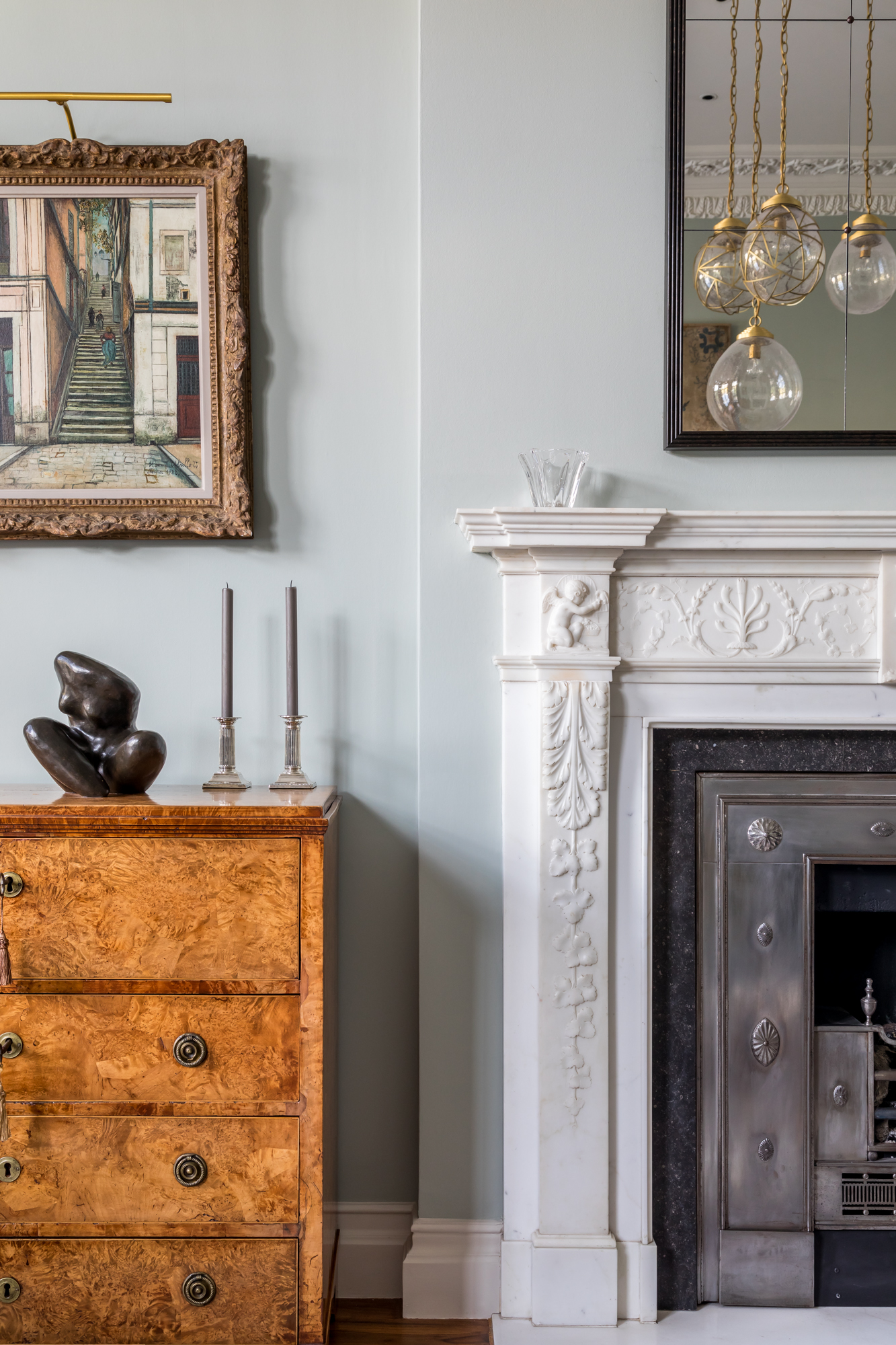 jonathan bond, interior photographer, white fireplace mantel & chest of drawers, holland park, london