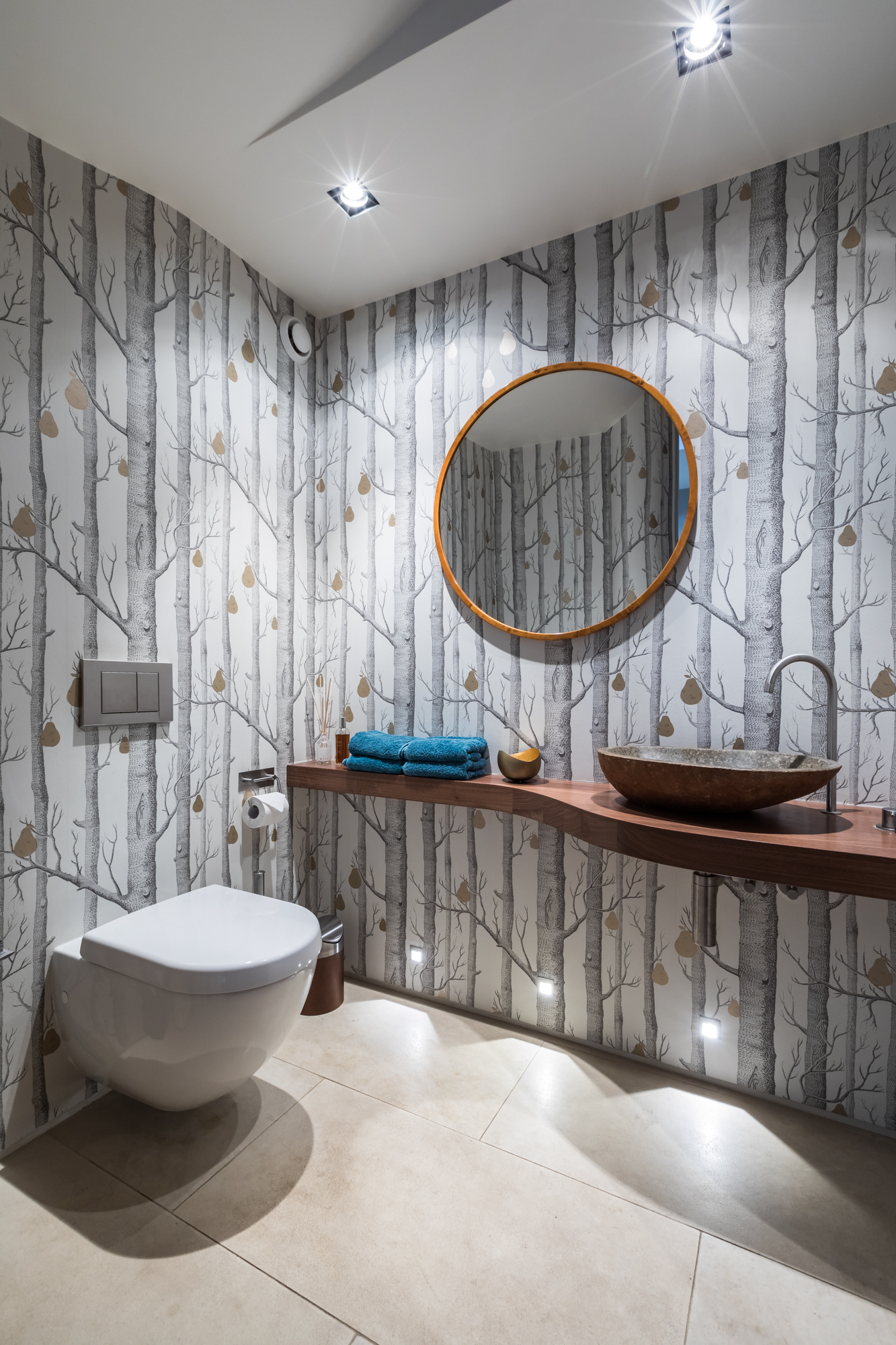 jonathan bond, interior photographer, bathroom toilet, holland park, london