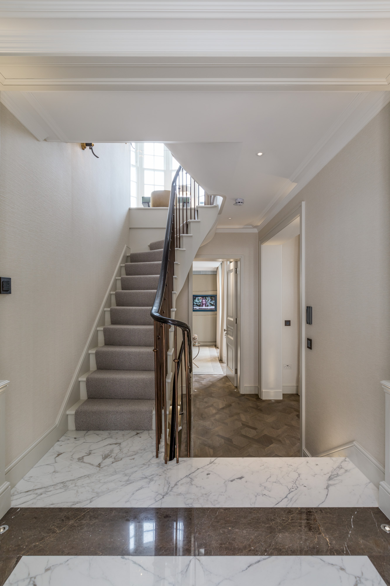 jonathan bond, interior photographer, stairs and bannisters, chelsea, london