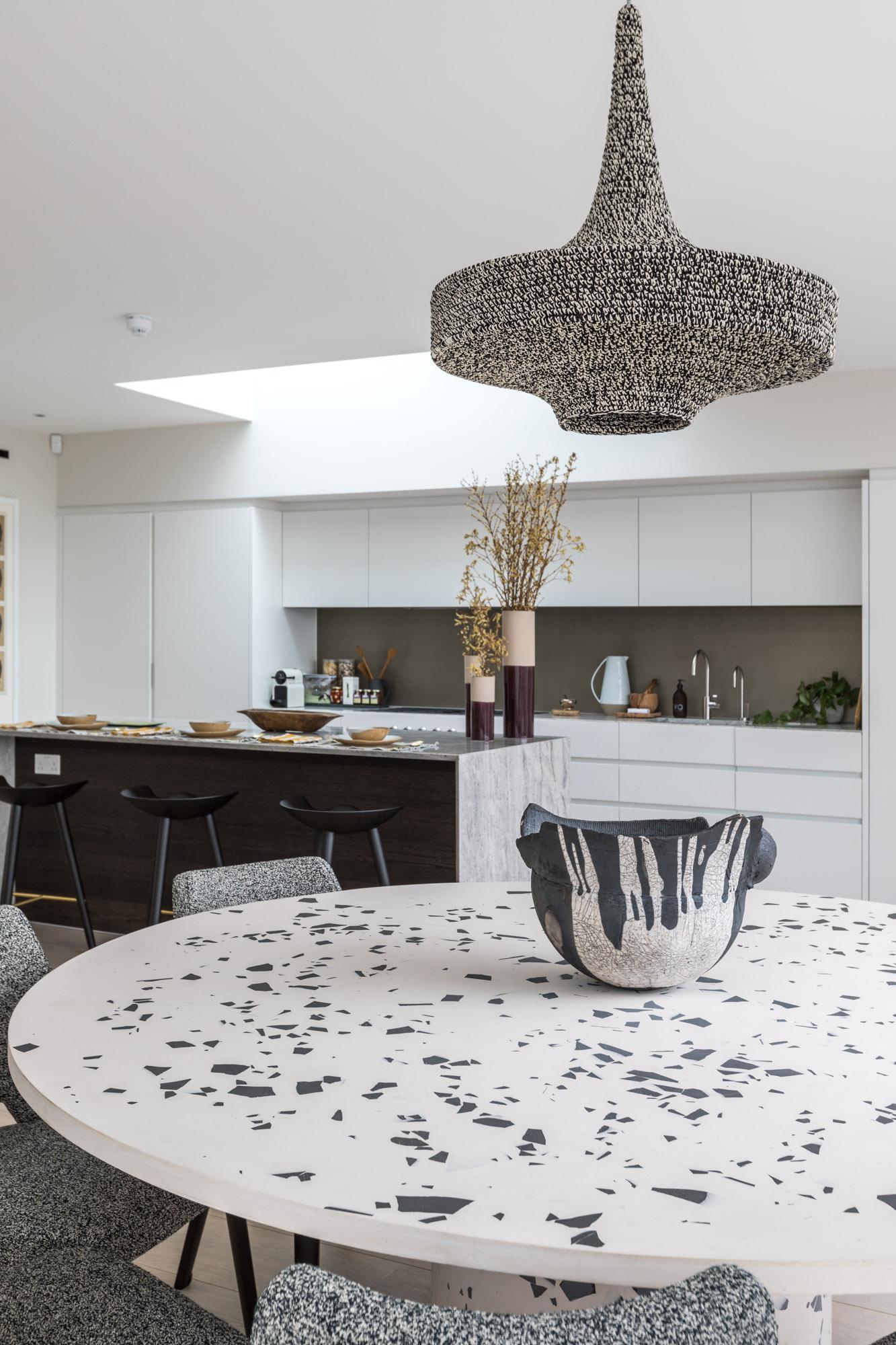 jonathan bond, interior photographer, round kitchen table, battersea, london