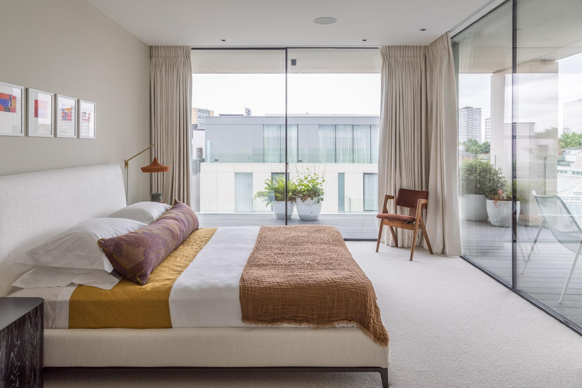 jonathan bond, interior photographer, double bed in bedroom, battersea, london