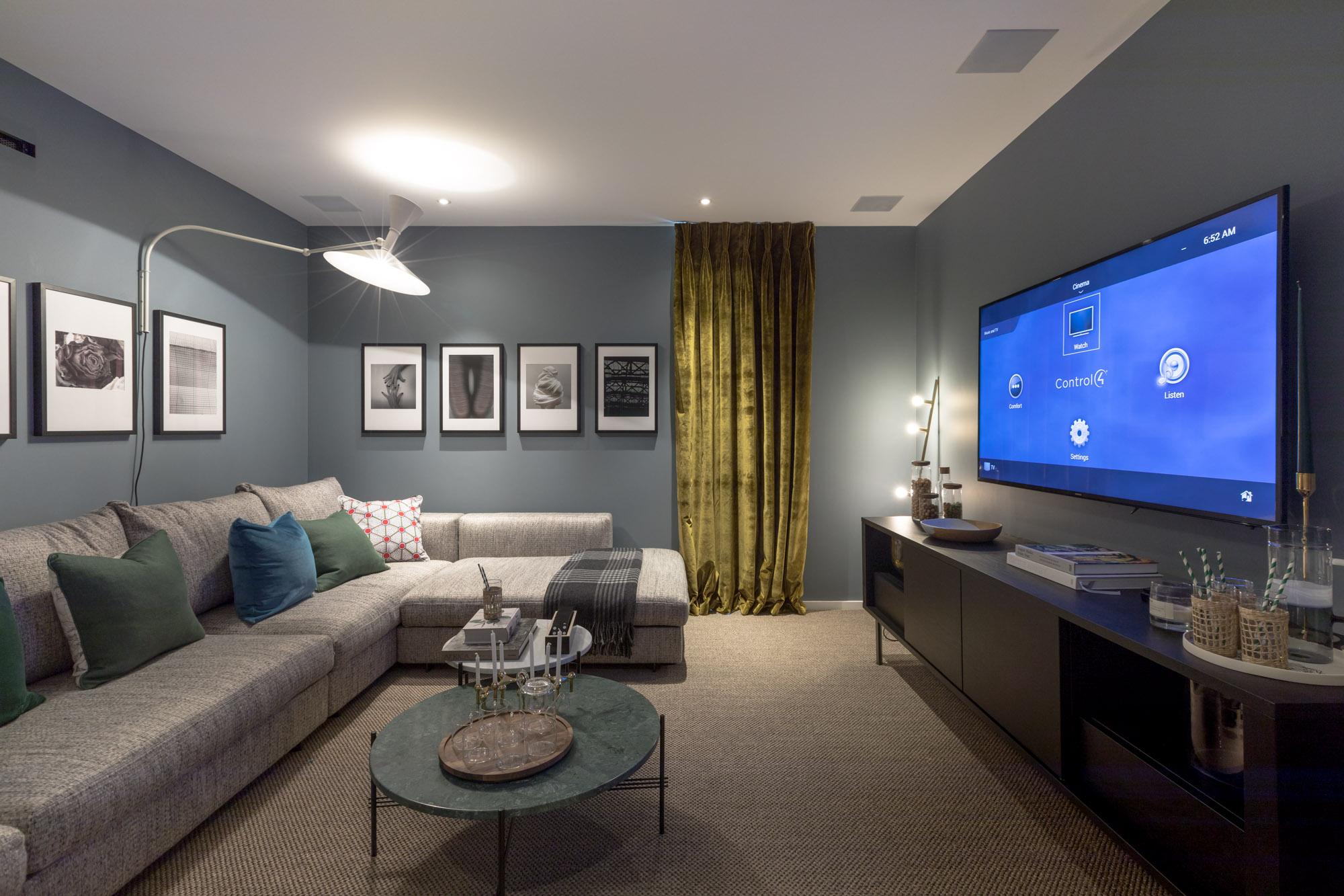 jonathan bond, interior photographer, tv room, battersea, london