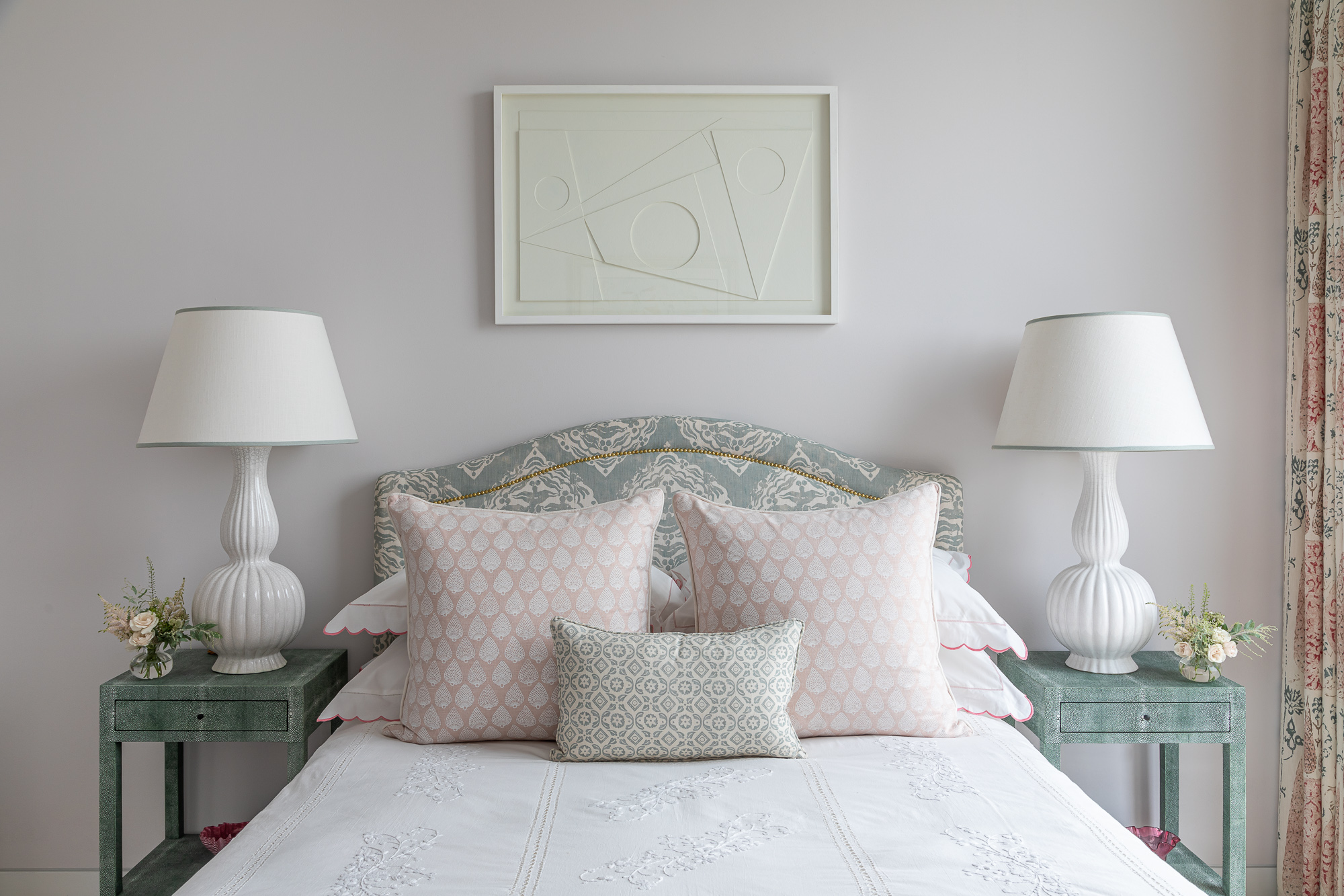 jonathan bond, interior photographer, double bed scatter cushions, belsize park, london