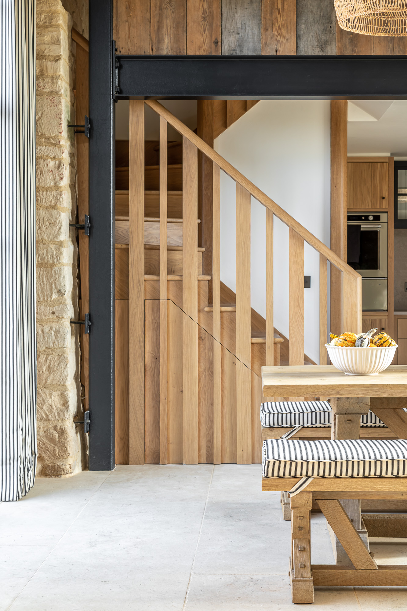 jonathan bond, interior photographer, wooden stairs & banisters, marnhull, dorset