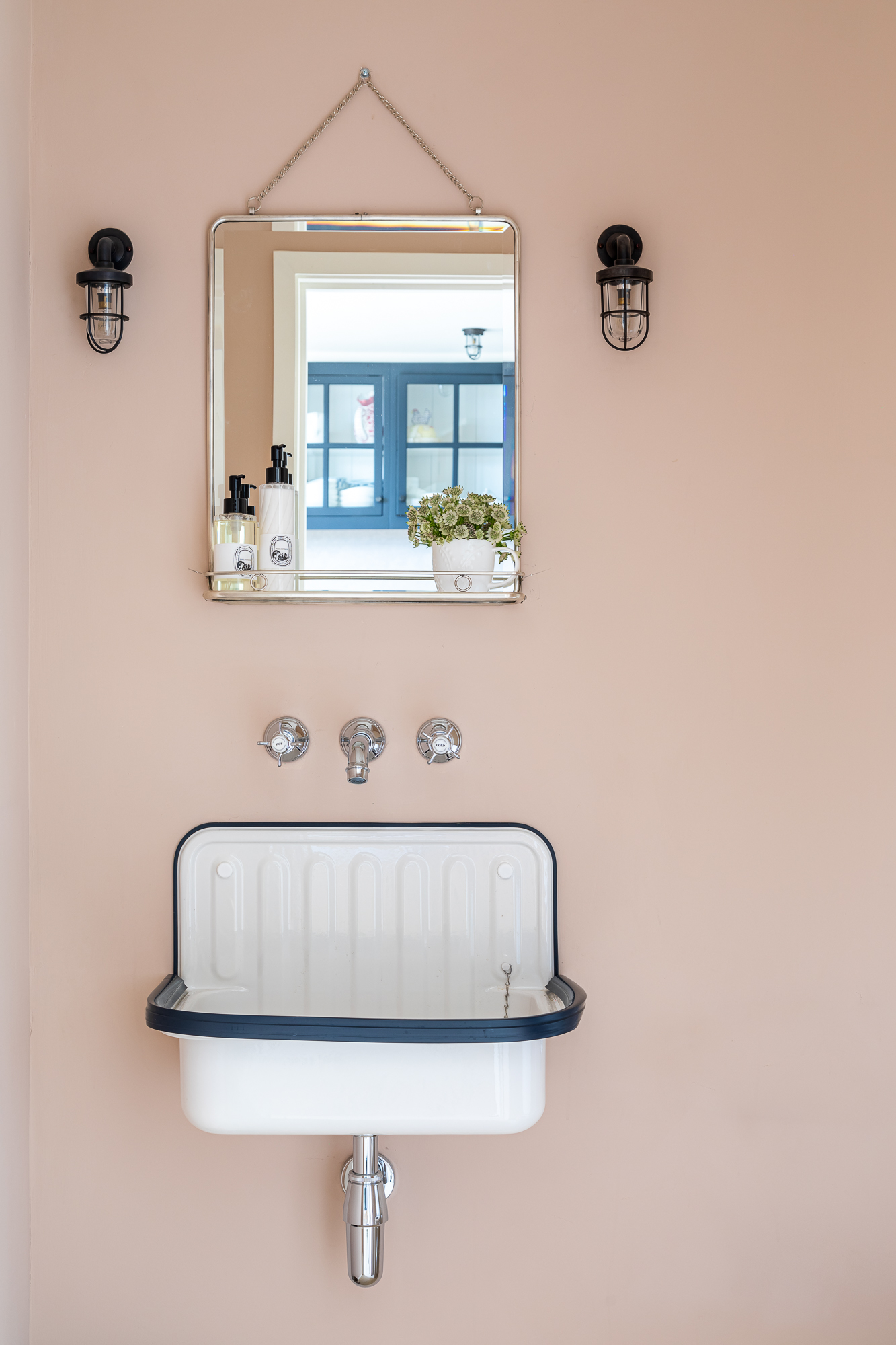 jonathan bond, interior photographer, wall hung basin & mirror, marnhull, dorset