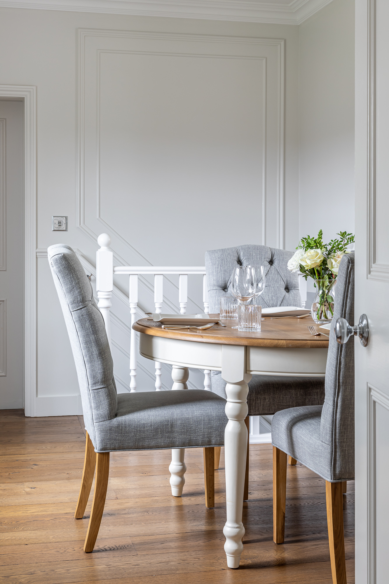 jonathan bond, interior photographer, dining room chair, harlow