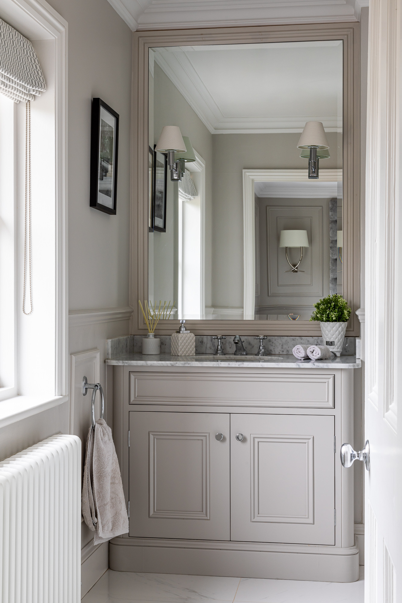 jonathan bond, interior photographer, ornate bathroom cabinet and sink, harlow