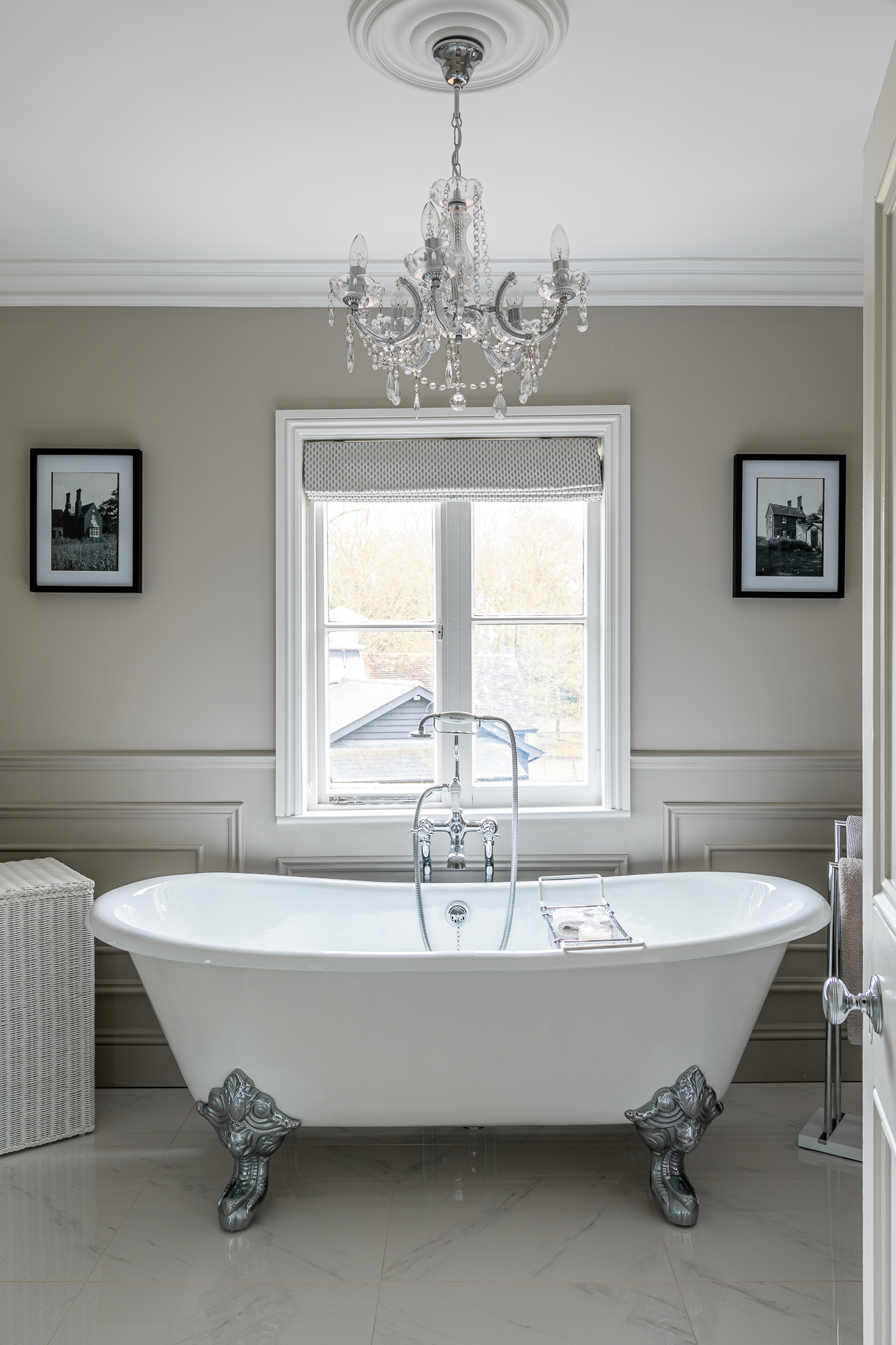 jonathan bond, interior photographer, freestanding bath in bathroom, harlow