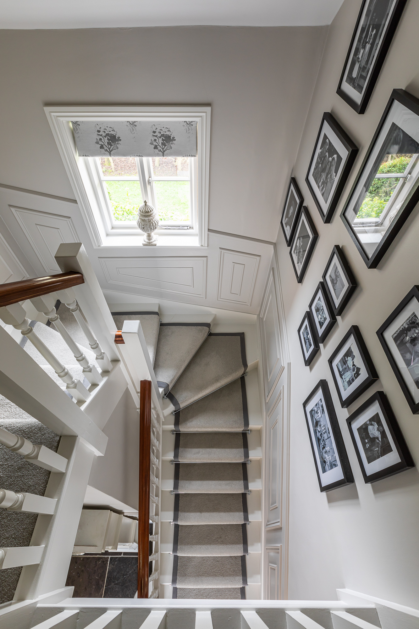 jonathan bond, interior photographer, landing view of stairs & bannisters, harlow