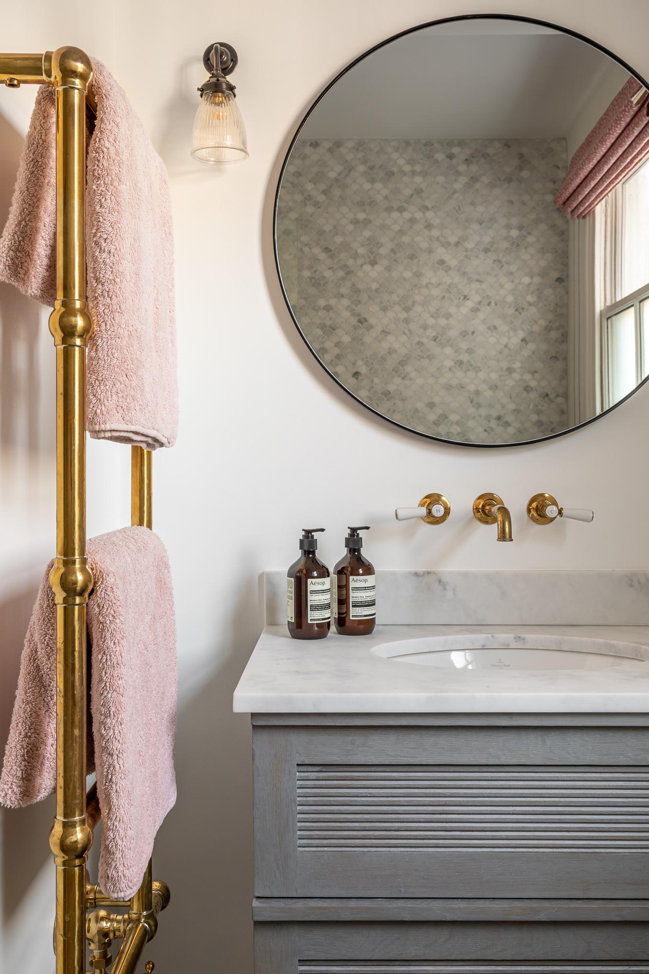 jonathan bond, bathroom wash basin & round wall mirror, clapham, london
