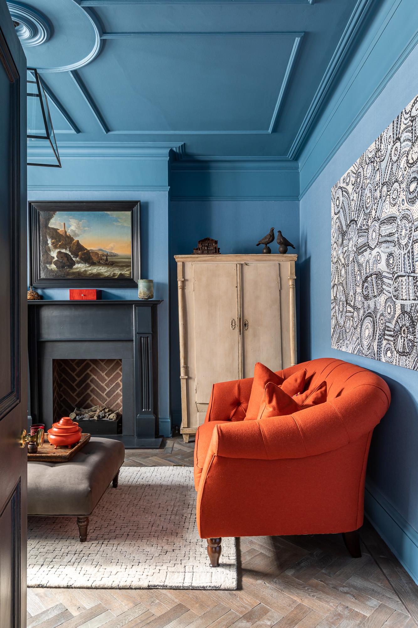 jonathan bond, interior photographer, living room velvet sofa, clapham, london