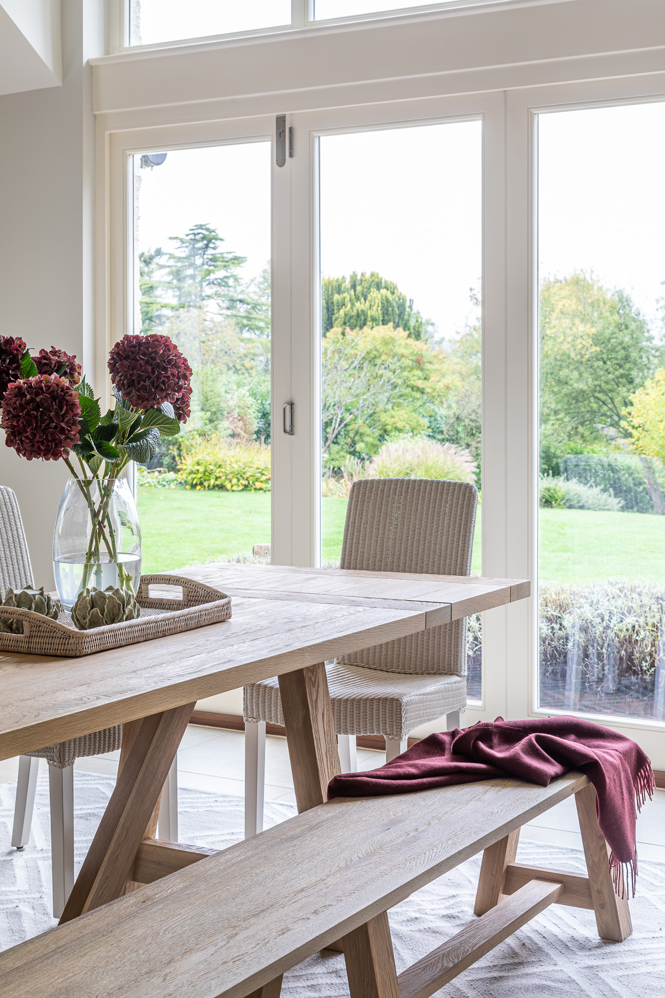 jonathan bond, interior photographer, garden view from dining room, great missenden, buckinghamshire