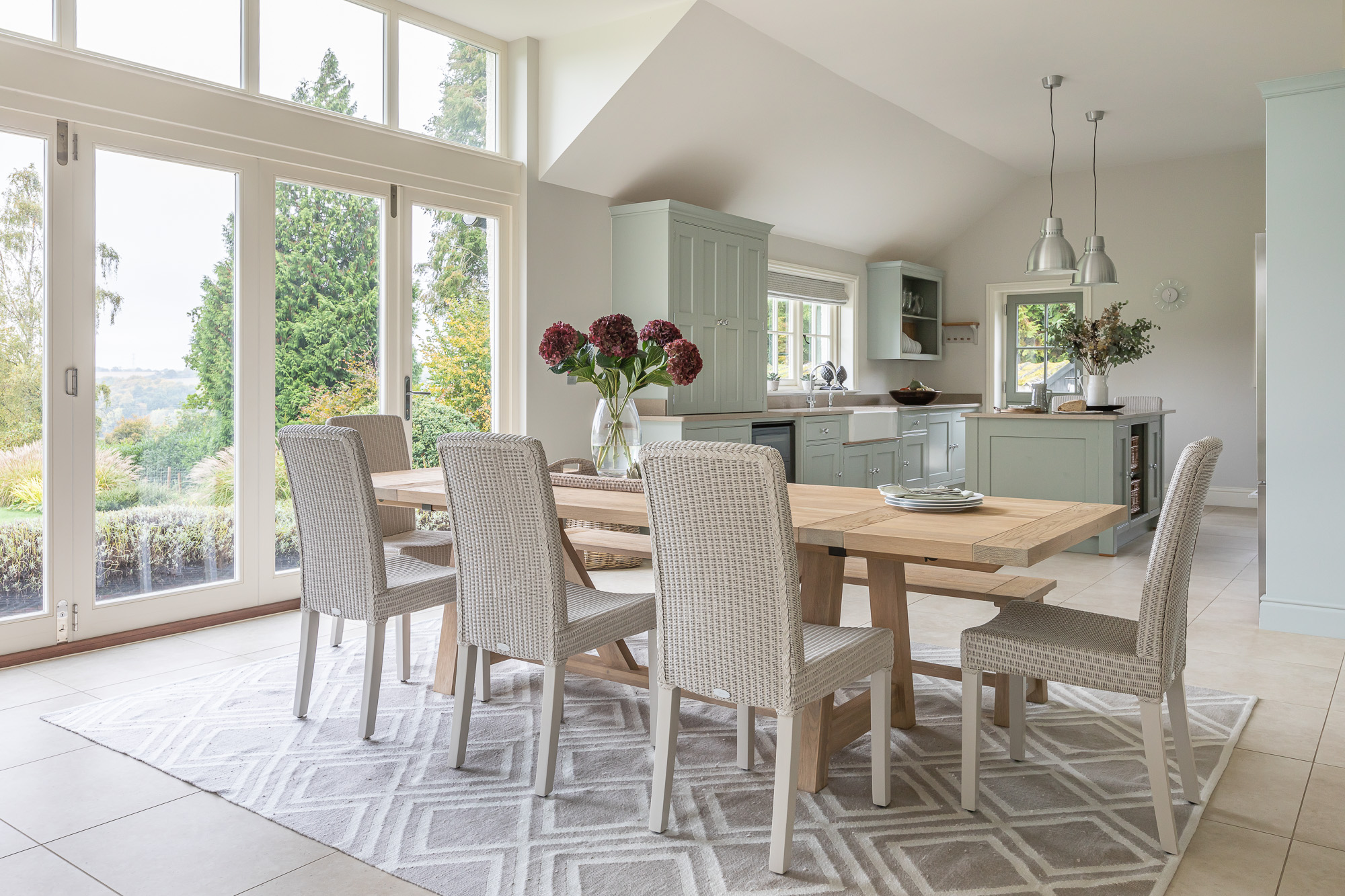 jonathan bond, interior photographer, dining room table and chairs, great missenden, buckinghamshire