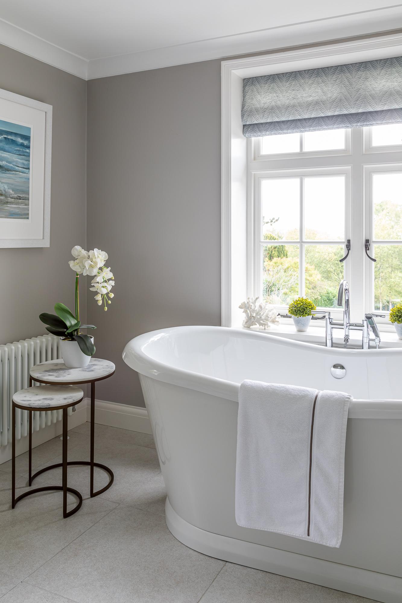jonathan bond, interior photographer, freestanding bath, great missenden, buckinghamshire
