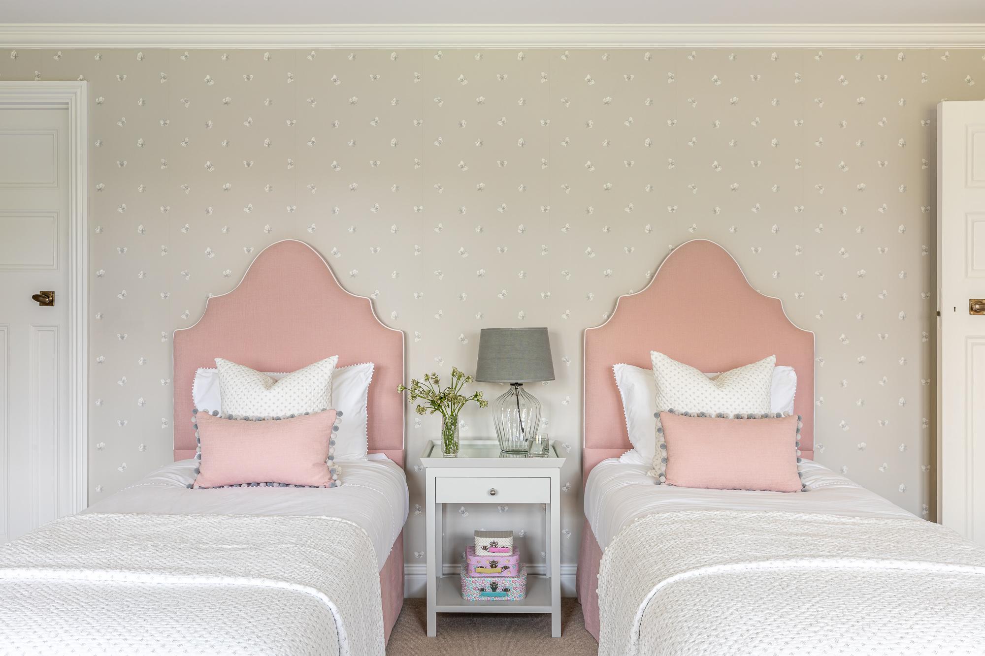 jonathan bond, interior photographer, 2 single beds in bedroom, great missenden, buckinghamshire