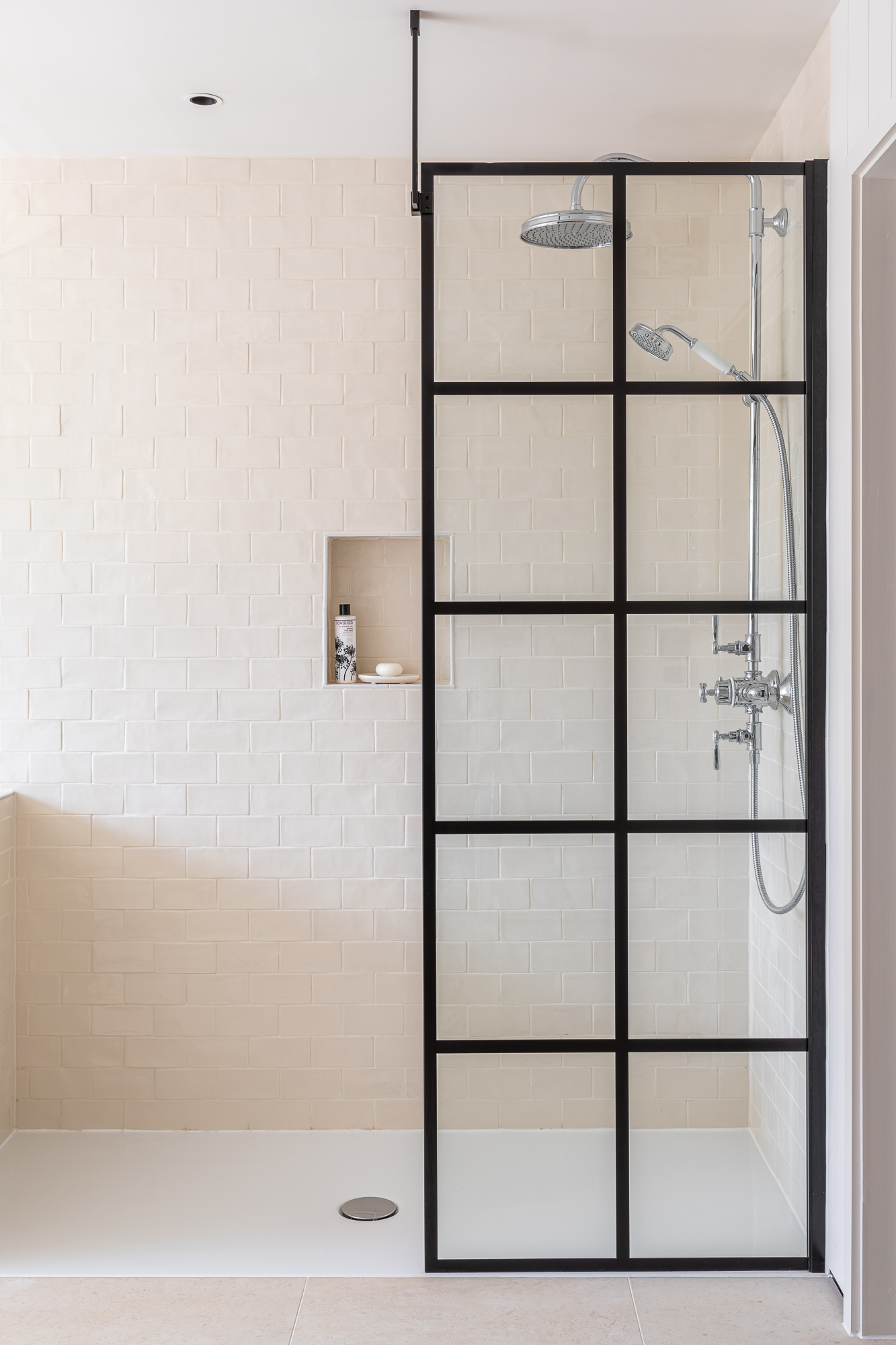 jonathan bond, interior photographer, walk-in shower marnhull