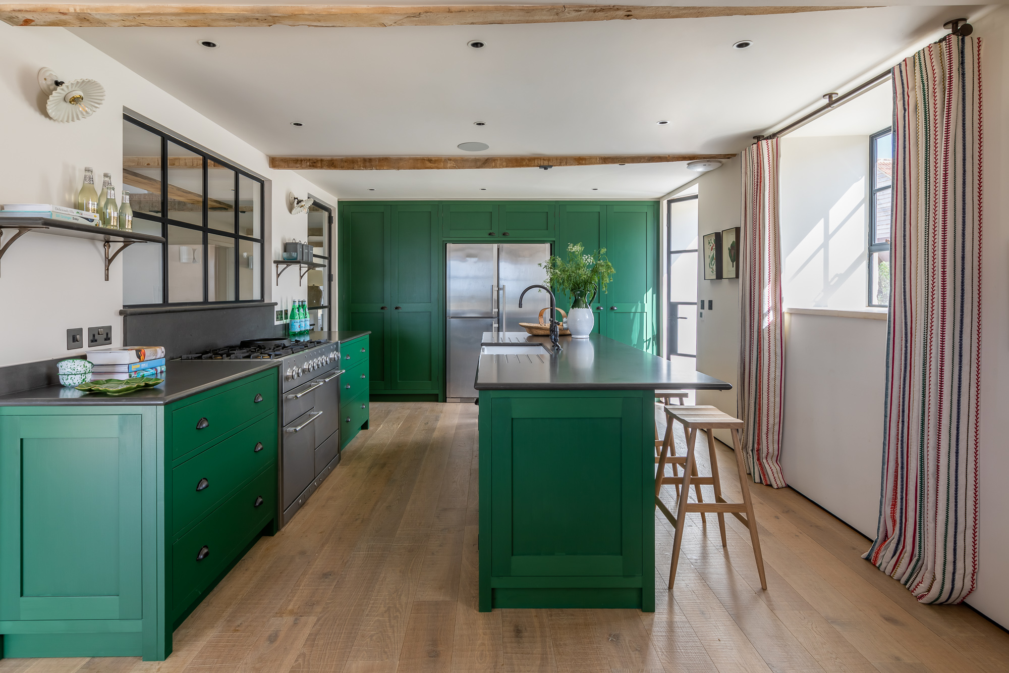 jonathan bond, interior photographer, kitchen marnhull