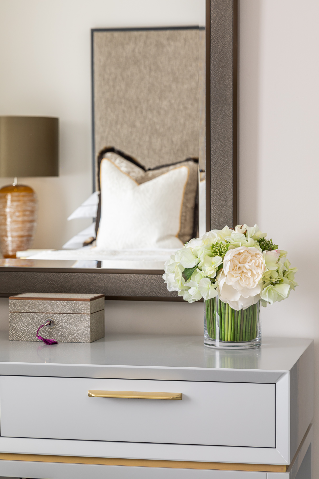jonathan bond, interior photographer, bedroom console table & mirror, esher, surrey