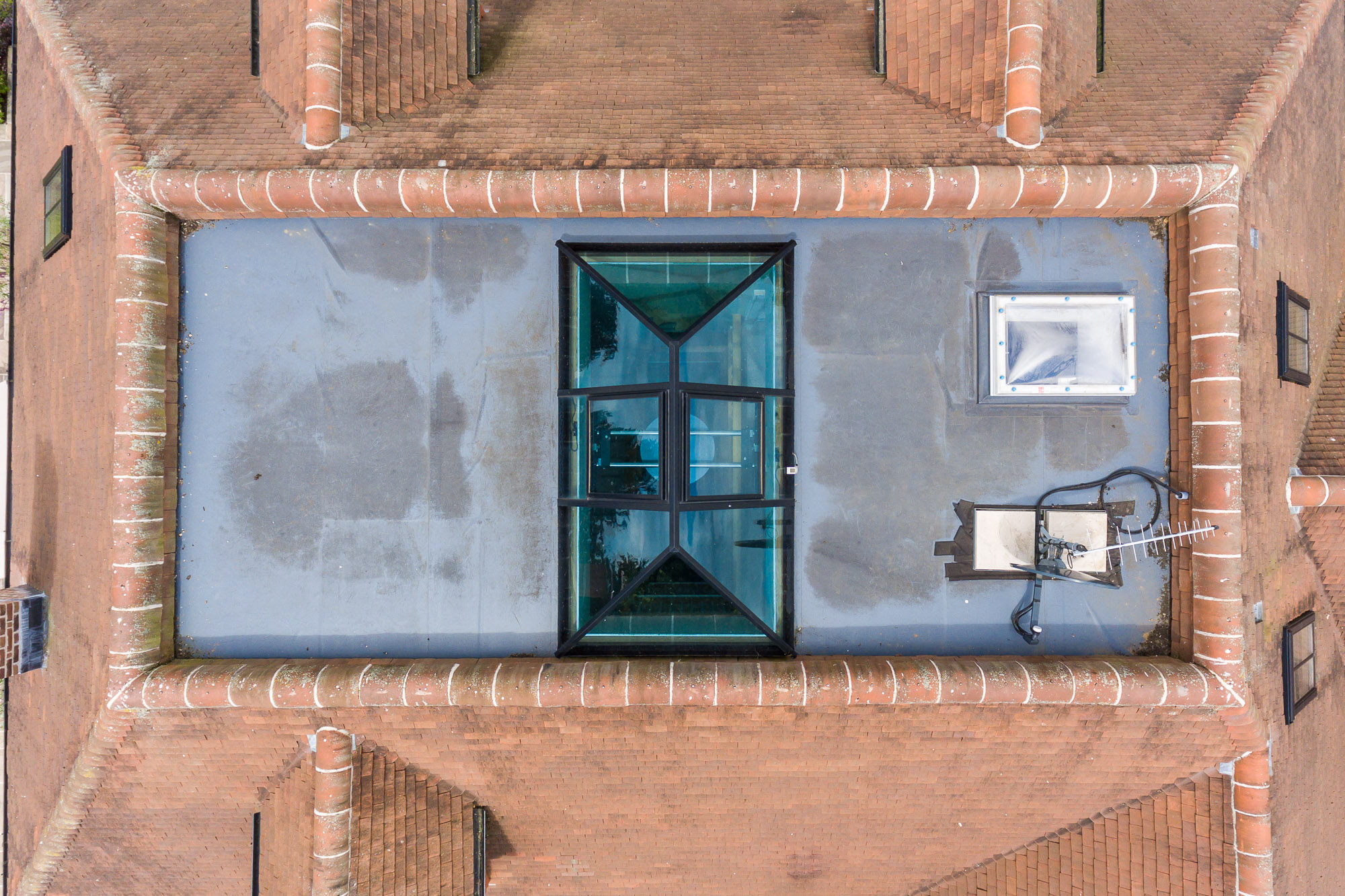 jonathan bond aerial photographer, overhead view detached residential house roof